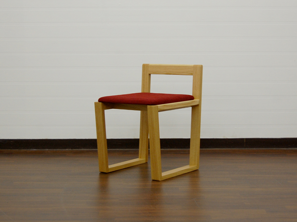 M-chair (WK07)